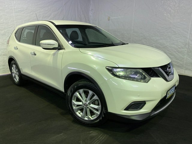 Used Nissan X-Trail T32 ST X-tronic 2WD, 2014 Nissan X-Trail T32 ST X-tronic 2WD White/clotj 7 Speed Constant Variable Wagon