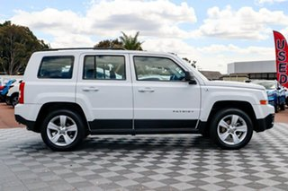 2013 Jeep Patriot MK MY2013 Sport CVT Auto Stick 4x2 White 6 Speed Constant Variable Wagon.