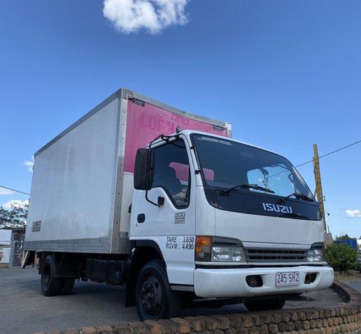 Used Isuzu NPR200  , 2005 Isuzu NPR200 N SERIES White Truck