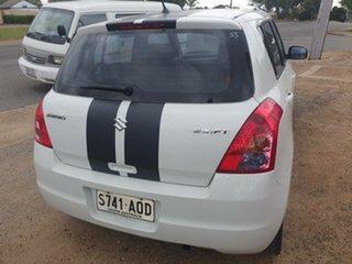 2010 Suzuki Swift RS415 White 4 Speed Automatic Hatchback