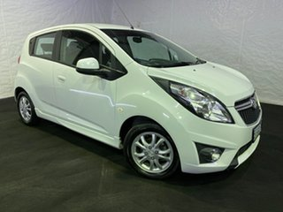 2015 Holden Barina Spark MJ MY15 CD Summit White 5 Speed Manual Hatchback.