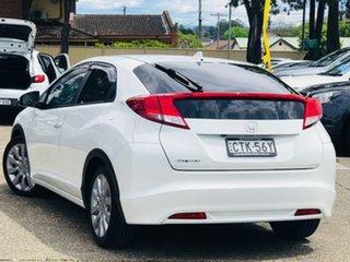 2013 Honda Civic 9th Gen MY13 VTi-LN White 5 Speed Sports Automatic Hatchback.
