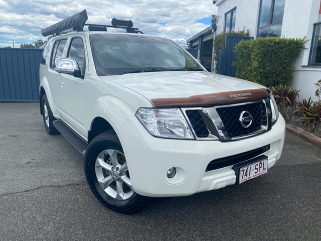 Used Nissan Pathfinder R51 MY08 ST-L, 2010 Nissan Pathfinder R51 MY08 ST-L White 6 Speed Manual Wagon
