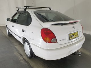 2001 Toyota Corolla AE112R Ascent White 5 Speed Manual Liftback