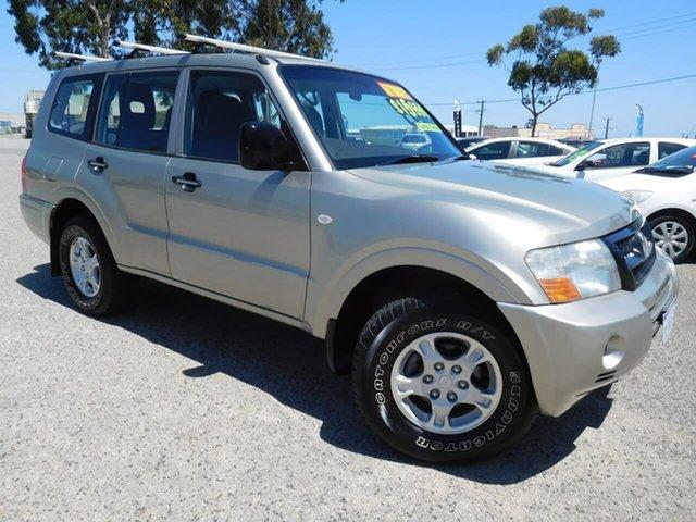 Used Mitsubishi Pajero NP MY06 GLX, 2006 Mitsubishi Pajero NP MY06 GLX Beige 5 Speed Sports Automatic Wagon