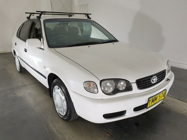 Used Toyota Corolla AE112R Ascent, 2001 Toyota Corolla AE112R Ascent White 5 Speed Manual Liftback