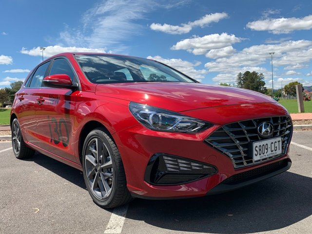 Demo Hyundai i30 PD.V4 MY21 Elite Nailsworth, 2020 Hyundai i30 PD.V4 MY21 Elite Fiery Red 6 Speed Sports Automatic Hatchback
