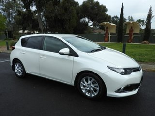 2015 Toyota Corolla SPORT White Automatic Hatchback