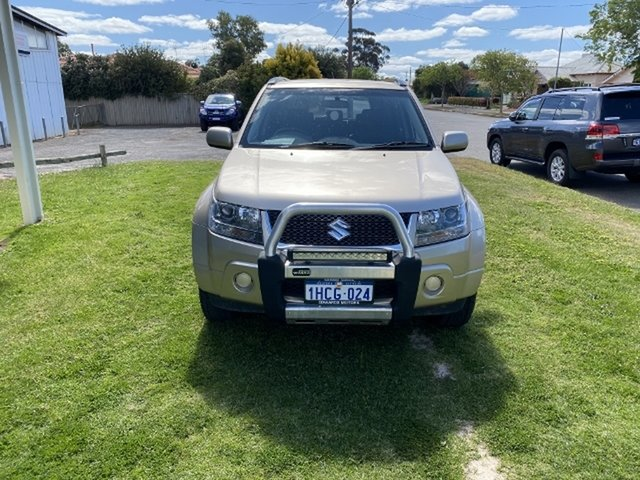 Used Suzuki Grand Vitara JT MY08 Upgrade -, 2011 Suzuki Grand Vitara JT MY08 Upgrade - Beige 5 Speed Manual Wagon