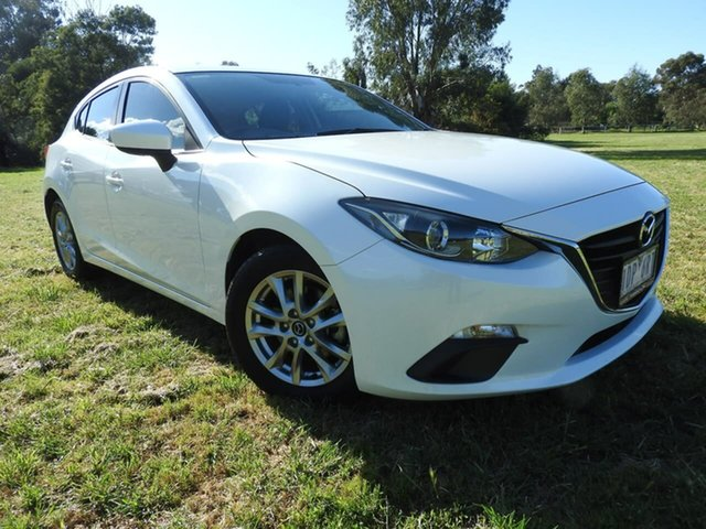 Used Mazda 3  , Mazda 3 MAXX White Manual Hatchback