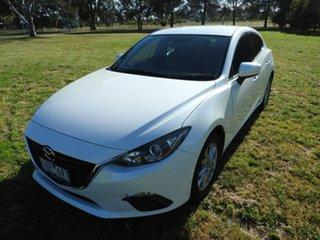 Mazda 3 MAXX White Manual Hatchback