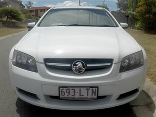 2009 Holden Commodore VE White 6 Speed Auto Active Select Wagon.