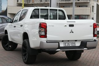 2019 Mitsubishi Triton MR MY19 GLX Double Cab White 6 Speed Manual Utility.