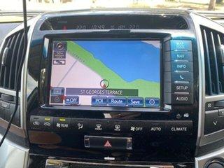 2015 Toyota Landcruiser VDJ200R MY13 Sahara (4x4) White 6 Speed Automatic Wagon