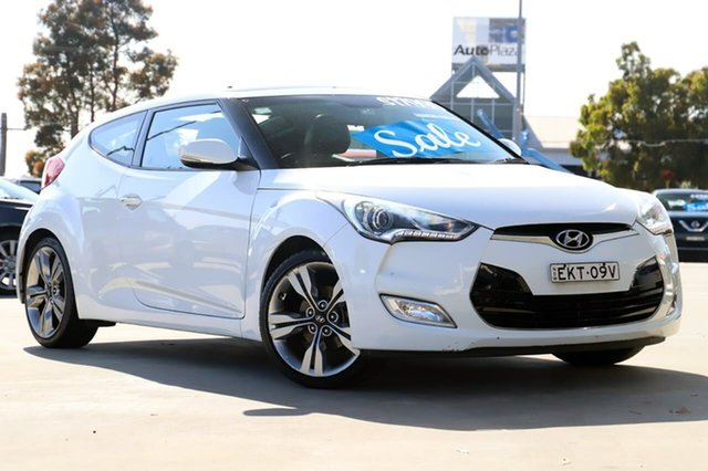Used Hyundai Veloster FS2 Coupe D-CT Kirrawee, 2014 Hyundai Veloster FS2 Coupe D-CT White 6 Speed Sports Automatic Dual Clutch Hatchback