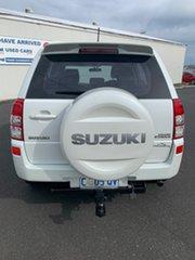 2008 Suzuki Grand Vitara JB Type 2 White 5 Speed Manual Wagon