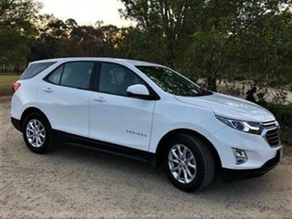 2017 Holden Equinox LS LS + Olympic White Automatic Wagon.