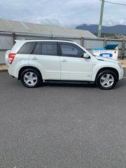 2008 Suzuki Grand Vitara JB Type 2 White 5 Speed Manual Wagon.