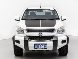 2013 Holden Colorado RG MY14 LT (4x4) White 6 Speed Manual Crew Cab Pickup.