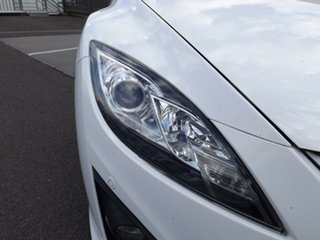 2011 Mazda 6 GH1052 MY10 Luxury Sports White 6 Speed Manual Hatchback