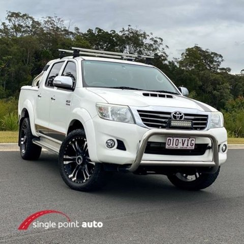 Used Toyota Hilux KUN26R MY14 SR5 Double Cab, 2014 Toyota Hilux KUN26R MY14 SR5 Double Cab White 5 Speed Automatic Utility