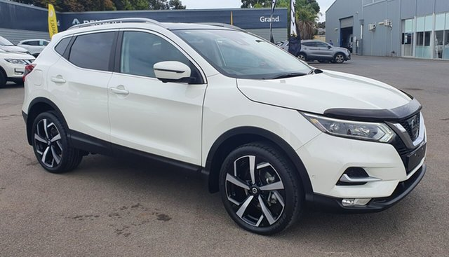 Used Nissan Qashqai J11 Series 2 N-TEC X-tronic, 2017 Nissan Qashqai J11 Series 2 N-TEC X-tronic White 1 Speed Constant Variable Wagon