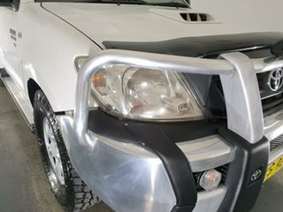 2008 Toyota Hilux KUN26R MY08 SR Xtra Cab White 5 Speed Manual Cab Chassis.