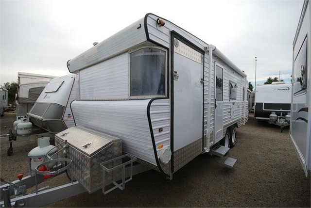 Used Bellevue, 2014 Custom Made Toy Hauler toyhauler