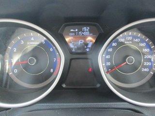 2011 Hyundai Elantra MD Active White 6 Speed Automatic Sedan