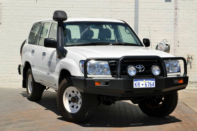 Used Toyota Landcruiser HZJ105R Standard, 2006 Toyota Landcruiser HZJ105R Standard White 5 Speed Manual Wagon