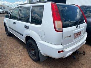 2003 Nissan X-Trail White Wagon.