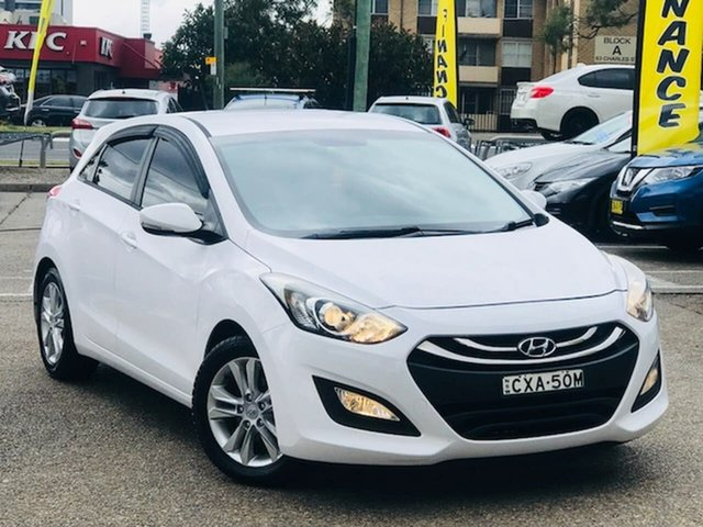 Used Hyundai i30 GD2 MY14 SE Liverpool, 2014 Hyundai i30 GD2 MY14 SE White 6 Speed Sports Automatic Hatchback