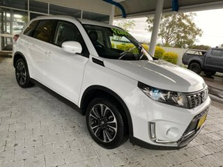 2019 Suzuki Vitara Turbo White Sports Automatic Wagon.