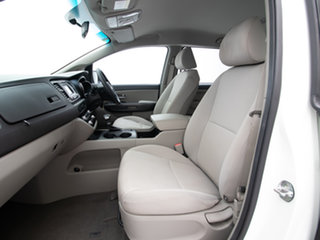 2017 Kia Carnival YP MY18 S White 6 Speed Automatic Wagon