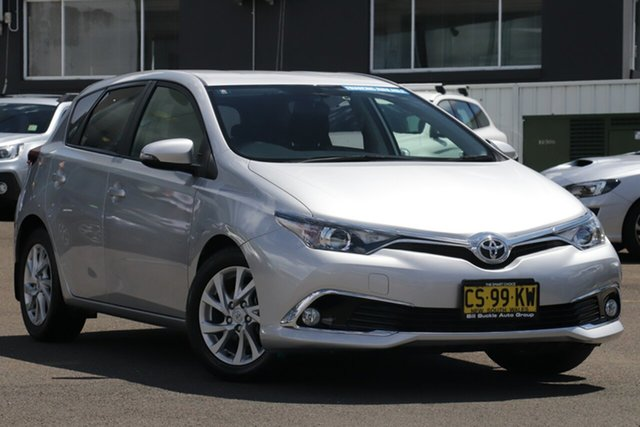 Used Toyota Corolla ZRE182R Ascent Sport S-CVT Brookvale, 2017 Toyota Corolla ZRE182R Ascent Sport S-CVT Silver 7 Speed Constant Variable Hatchback