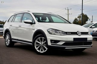 2020 Volkswagen Golf 7.5 MY20 Alltrack DSG 4MOTION 132TSI White 6 Speed Sports Automatic Dual Clutch.