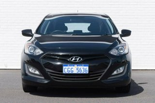2013 Hyundai i30 GD2 Active Black 6 Speed Manual Hatchback.