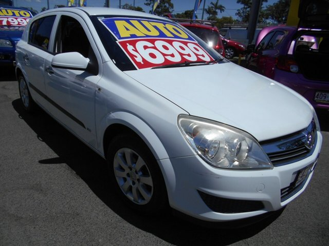 Used Holden Astra AH MY07 CD Springwood, 2007 Holden Astra AH MY07 CD White 4 Speed Automatic Hatchback