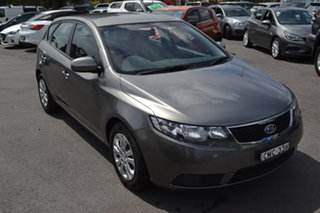 2011 Kia Cerato TD MY11 SI Grey 6 Speed Sports Automatic Hatchback.