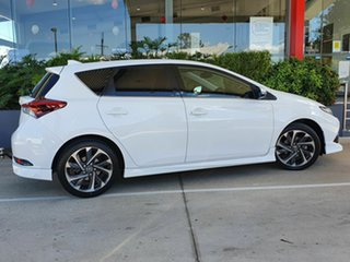 2015 Toyota Corolla ZR White 7 Speed Automatic Hatchback
