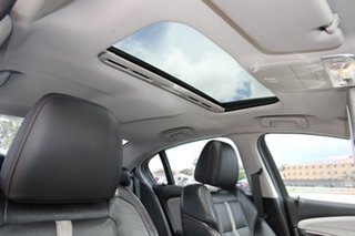 2013 Holden Commodore VF MY14 SS V Redline White 6 Speed Sports Automatic Sedan