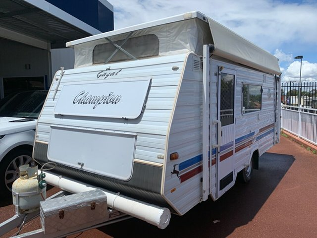 Used Gazal 18FT Champion St James, 1999 Gazal 18FT Caravan