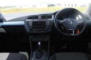 2016 Volkswagen Tiguan 5NA 110 TSI Trendline Pure White 6 Speed Direct Shift Wagon