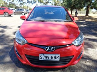 2013 Hyundai i20 PB MY14 Active Red 6 Speed Manual Hatchback.