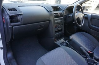 2001 Holden Astra TS City White 5 Speed Manual Hatchback