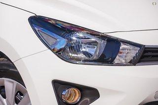 2020 Kia Rio YB MY21 S White 6 Speed Automatic Hatchback.