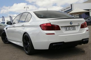 2015 BMW M5 F10 LCI M-DCT White 7 Speed Sports Automatic Dual Clutch Sedan.