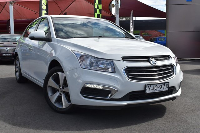 Used Holden Cruze JH Series II MY16 Z-Series Tuggerah, 2016 Holden Cruze JH Series II MY16 Z-Series White 6 Speed Sports Automatic Hatchback