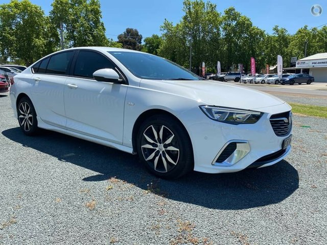 Used Holden Commodore ZB MY18 RS Liftback Bendigo, 2018 Holden Commodore ZB MY18 RS Liftback White 9 Speed Sports Automatic Liftback