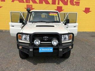 2015 Toyota Landcruiser VDJ76R Workmate White 5 Speed Manual Wagon.